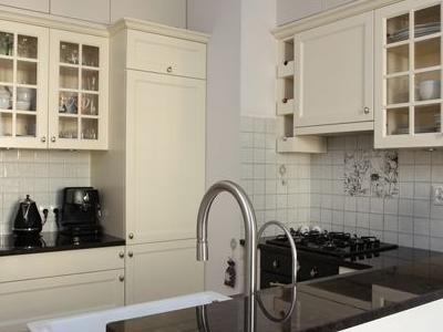 kuchnie klasyczne 02